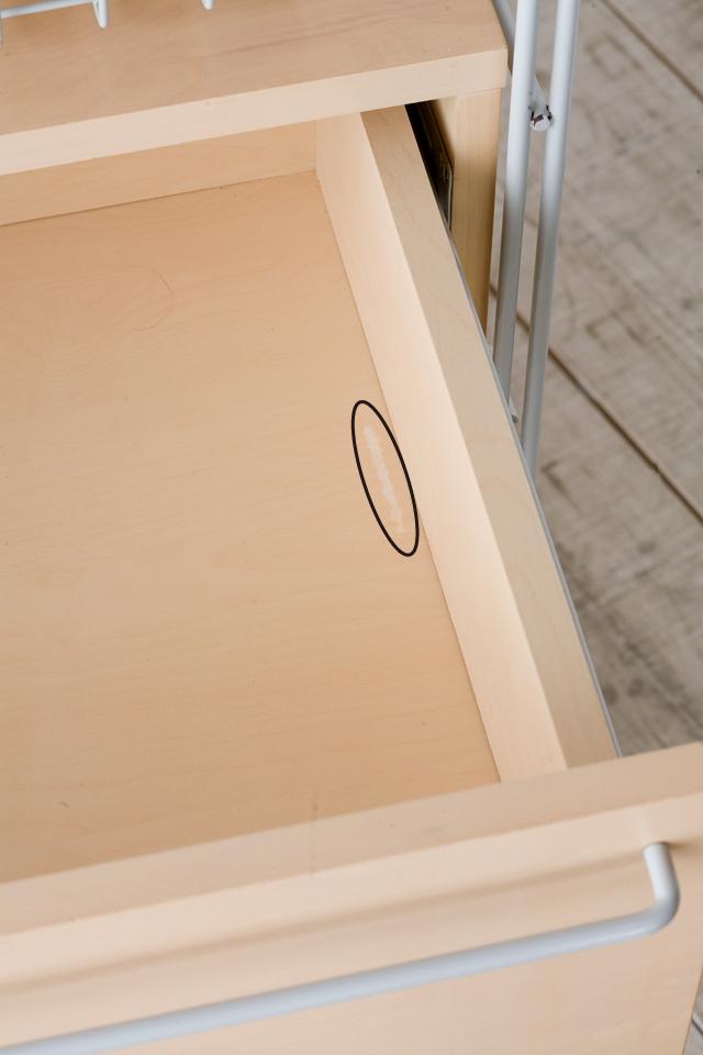 無印良品の「スチールユニットシェルフ・木製棚のボックス・引出し・1段とワイヤーバスケット・グレー3段のセット」-06a