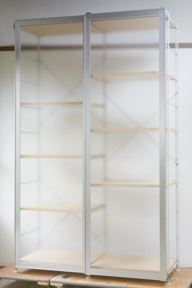 無印良品「スライドドア付き・スチールユニットシェルフ・木製棚セット」-01