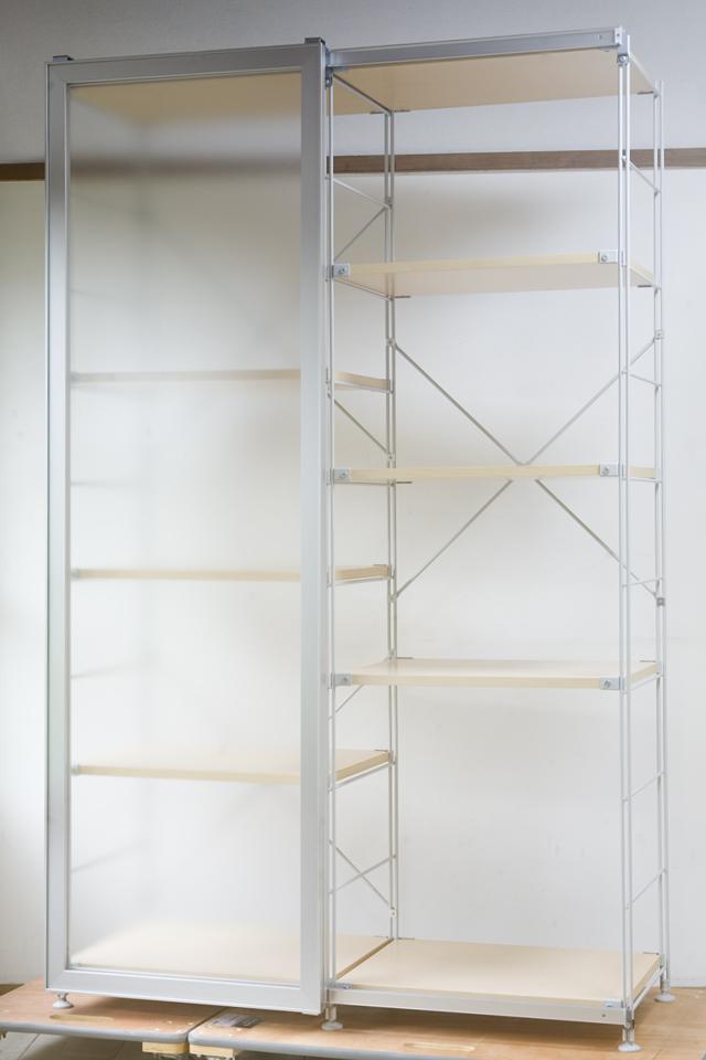 無印良品「スライドドア付き・スチールユニットシェルフ・木製棚セット」-02