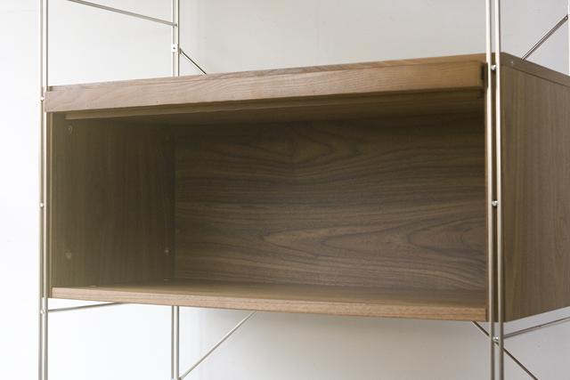 無印良品「ステンレスユニットシェルフ・ウォールナット材棚セット・ボックス・フラップ扉付」-06