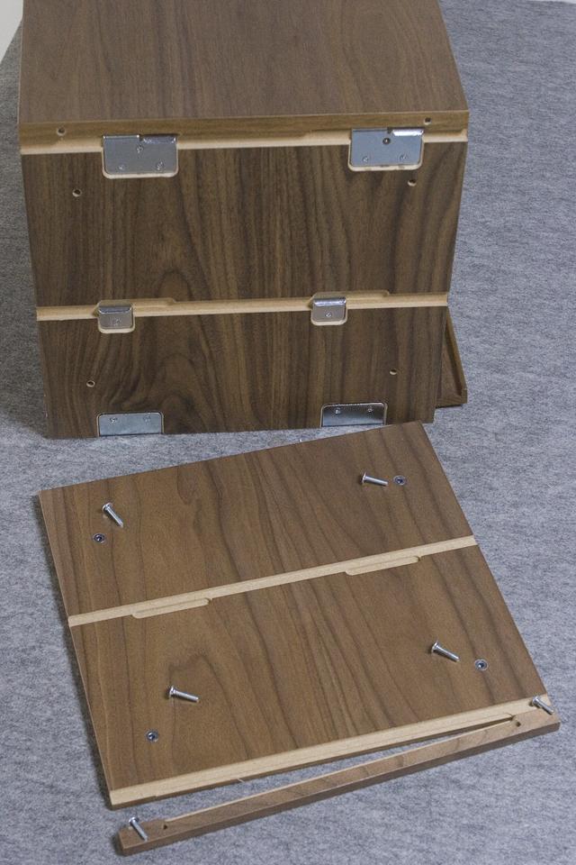 無印良品「ステンレスユニットシェルフ・ウォールナット材棚セット・ボックス・フラップ扉付」-08