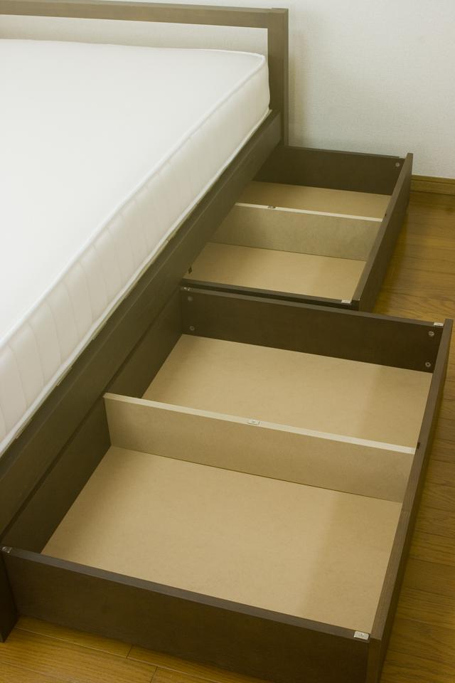 無印良品「タモ材ベッドフレーム・ブラウン・セミダブル|高密度ポケットコイルマットレス・セミダブル」-04